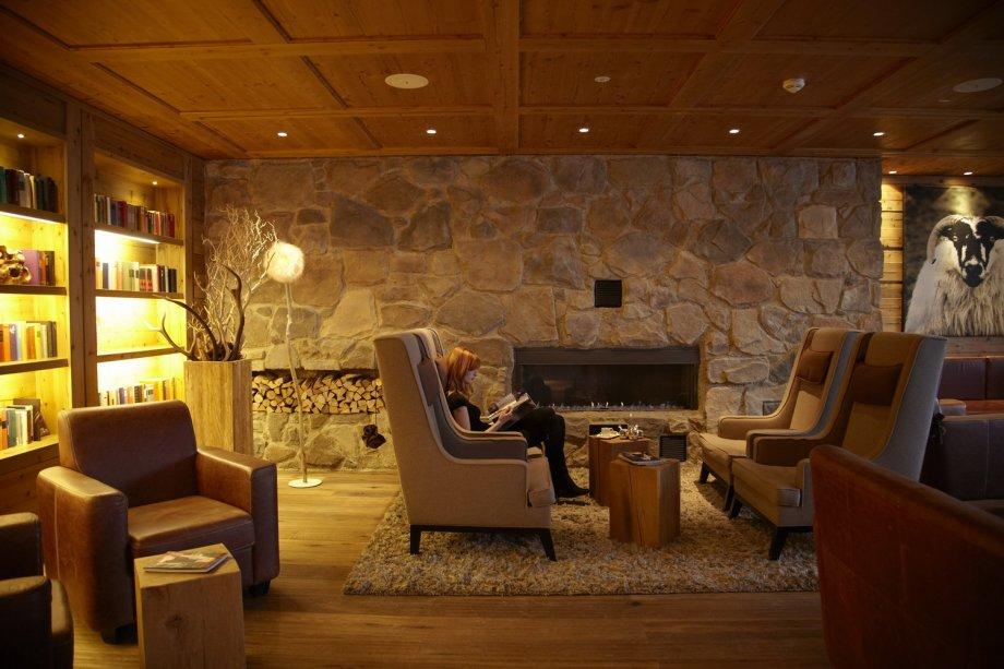 Grand tirolia kitzb hel projekte interior design gmbh for Grand designs interior designer cornwall