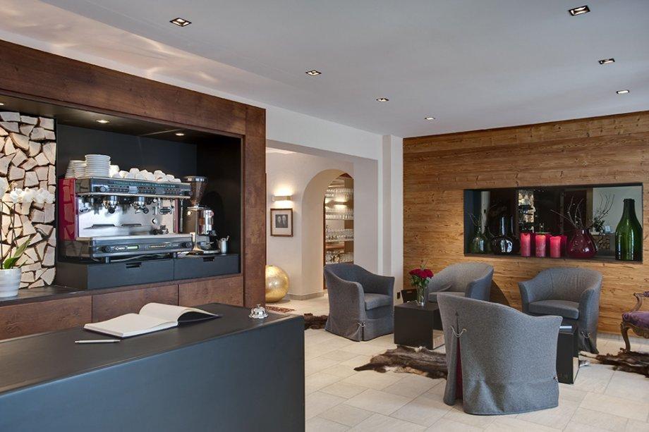 Neue post zillertal projekte interior design gmbh for Zillertal design hotel